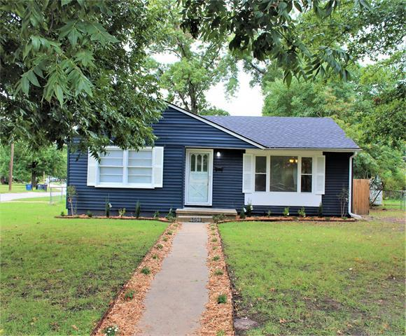 4098 E 25th Place, Tulsa, OK 74114 (MLS #1839438) :: Hopper Group at RE/MAX Results