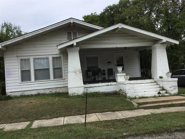 217 SW B Street SW, Ardmore, OK 73401 (MLS #1839765) :: Hopper Group at RE/MAX Results