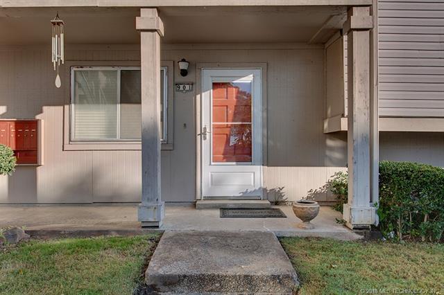 6722 S Lewis Avenue #901, Tulsa, OK 74136 (MLS #1839875) :: American Home Team