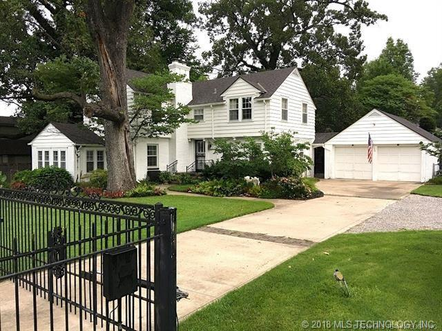 1727 E 31st Street, Tulsa, OK 74105 (MLS #1839897) :: American Home Team