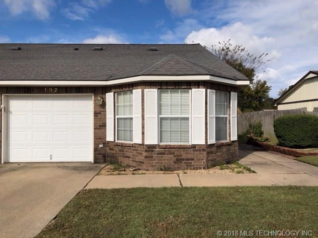 102 Cary Place *, Muskogee, OK 74403 (MLS #1841109) :: American Home Team