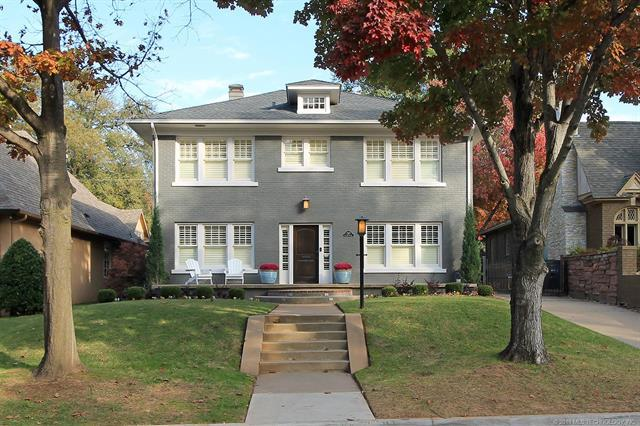 247 E 27th Street, Tulsa, OK 74114 (MLS #1841474) :: American Home Team