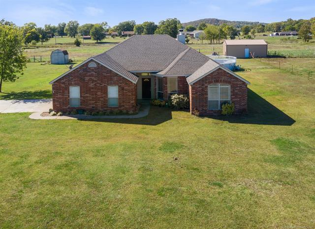 24472 Meadow Circle Road, Claremore, OK 74019 (MLS #1841496) :: American Home Team