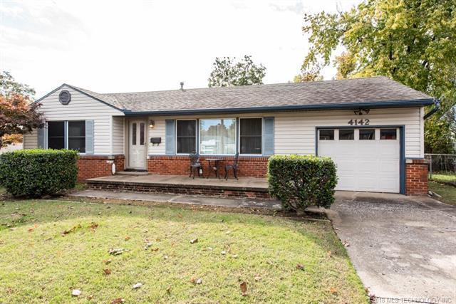 4142 E 36th Street, Tulsa, OK 74135 (MLS #1841722) :: American Home Team