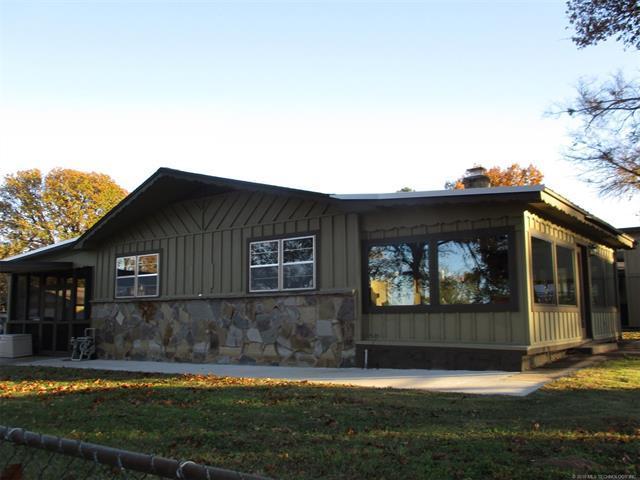 459 Elm St Stephenson S Lake View Street, Eufaula, OK 74432 (MLS #1842160) :: American Home Team