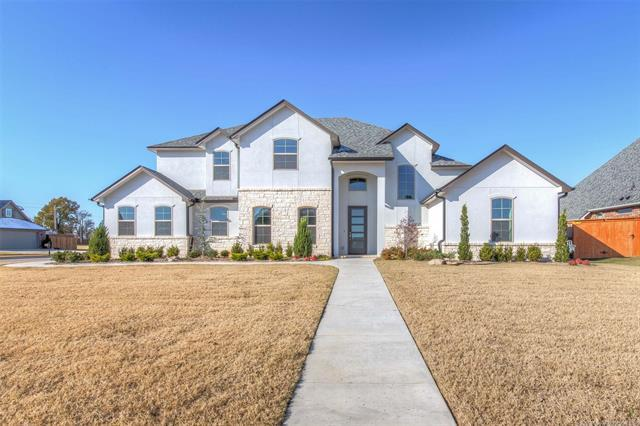 13012 S 2nd Place, Jenks, OK 74037 (MLS #1842573) :: RE/MAX T-town