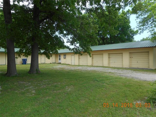 1000 Cowell Street, Claremore, OK 74017 (MLS #1842748) :: Hopper Group at RE/MAX Results