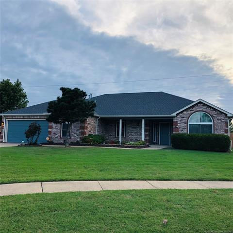 12640 N 130th East Avenue, Collinsville, OK 74021 (MLS #1842776) :: Hopper Group at RE/MAX Results