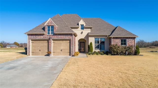 604 Club House Drive, Muskogee, OK 74403 (MLS #1842994) :: American Home Team