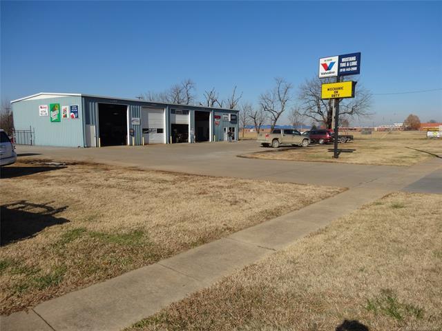 385 N Elm Street, Oologah, OK 74053 (MLS #1843589) :: Hopper Group at RE/MAX Results