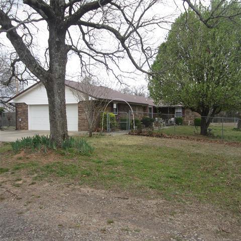 30236 W County Road 1230, Stigler, OK 74462 (MLS #1843714) :: American Home Team