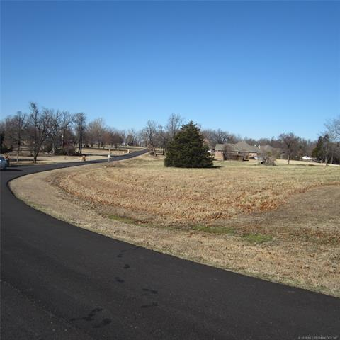 Spinnaker Run Road, Stigler, OK 74462 (MLS #1844221) :: American Home Team