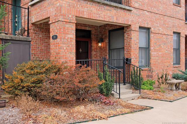 706 S Norfolk Avenue -, Tulsa, OK 74120 (MLS #1844750) :: American Home Team