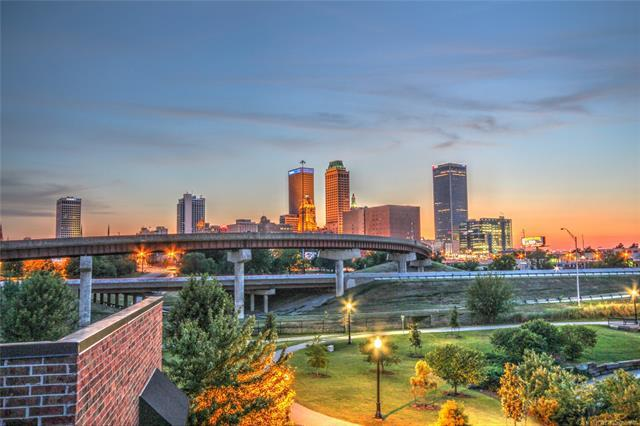 E 8th Street, Tulsa, OK 74120 (MLS #1845048) :: Hopper Group at RE/MAX Results