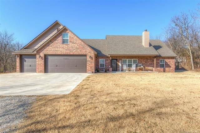 15710 N Choctaw Road, Skiatook, OK 74070 (MLS #1845132) :: American Home Team