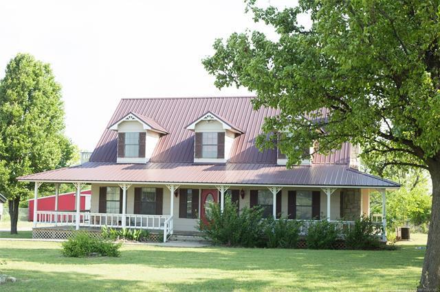 4240 County Road 1490, Stratford, OK 74872 (MLS #1845369) :: American Home Team