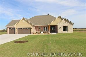 3 Oaklawn Drive, Ramona, OK 74061 (MLS #1845739) :: American Home Team