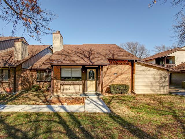 1307 S 110th East Avenue 50-4D, Tulsa, OK 74128 (MLS #1900009) :: Hopper Group at RE/MAX Results