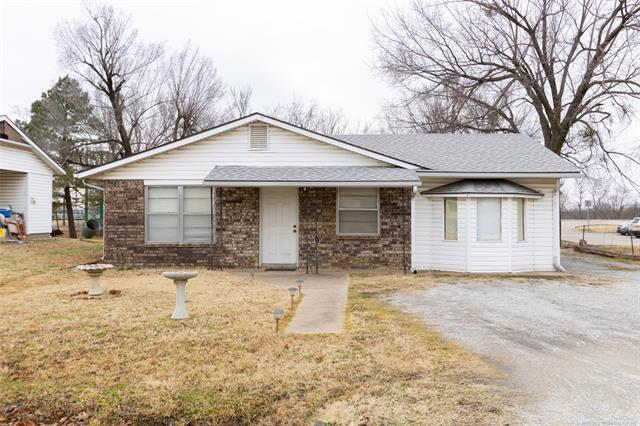 1130 N Main Street, Sapulpa, OK 74066 (MLS #1901751) :: RE/MAX T-town