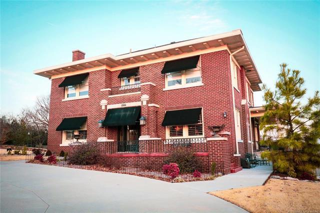 1800 Leahy Avenue, Pawhuska, OK 74056 (MLS #1901996) :: American Home Team