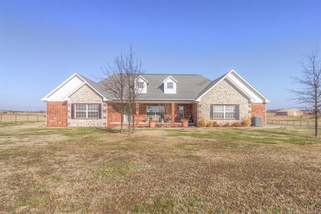 16803 N 97th East Avenue, Collinsville, OK 74021 (MLS #1902019) :: RE/MAX T-town