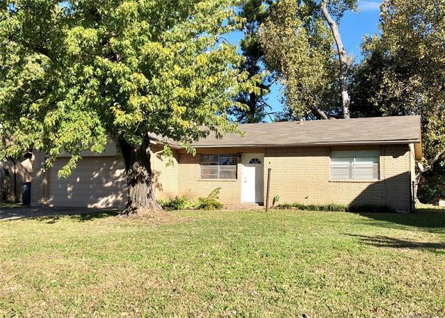 3609 S 115th East Avenue, Tulsa, OK 74146 (MLS #1902058) :: 918HomeTeam - KW Realty Preferred