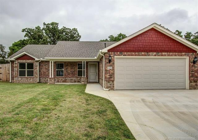 647 Canton Place, Mannford, OK 74044 (MLS #1902207) :: 918HomeTeam - KW Realty Preferred