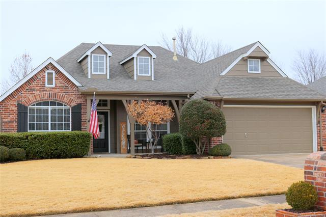 1023 W 118th Street, Jenks, OK 74037 (MLS #1902234) :: Hopper Group at RE/MAX Results