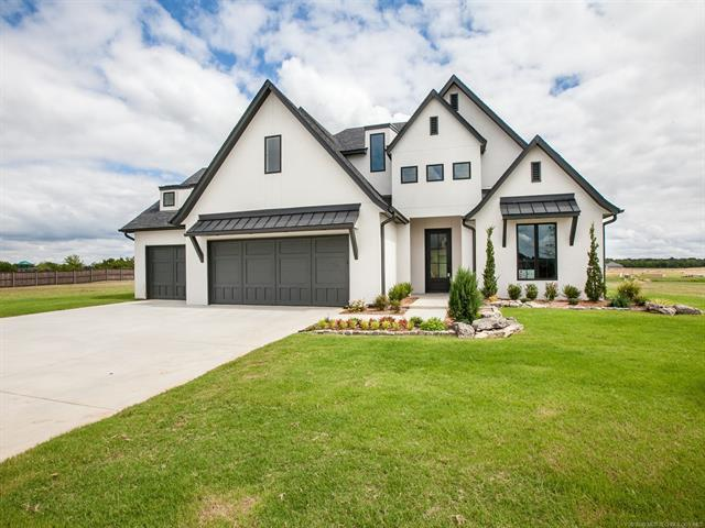 12727 S 4th Street, Jenks, OK 74037 (MLS #1902253) :: American Home Team