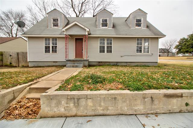 124 N 14th Street, Collinsville, OK 74021 (MLS #1902396) :: Hopper Group at RE/MAX Results