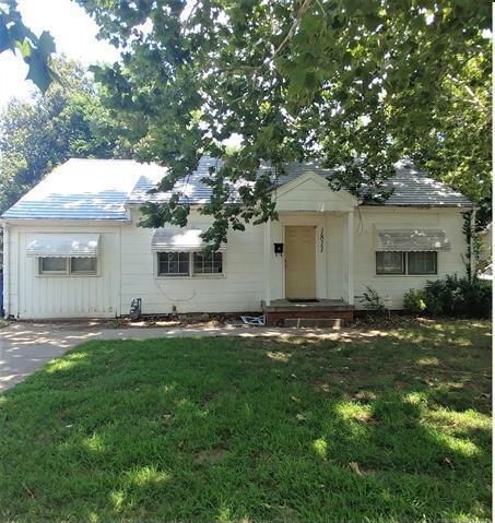 1811 N Main Street, Tulsa, OK 74106 (MLS #1902411) :: 918HomeTeam - KW Realty Preferred