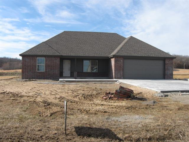 19390 S Coyote Drive, Claremore, OK 74017 (MLS #1902523) :: Hopper Group at RE/MAX Results