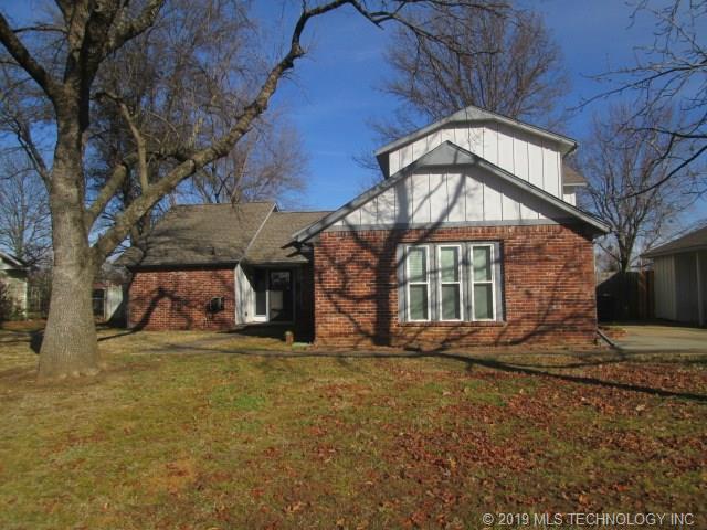 1406 Irene Lane, Fort Gibson, OK 74434 (MLS #1902567) :: Hopper Group at RE/MAX Results