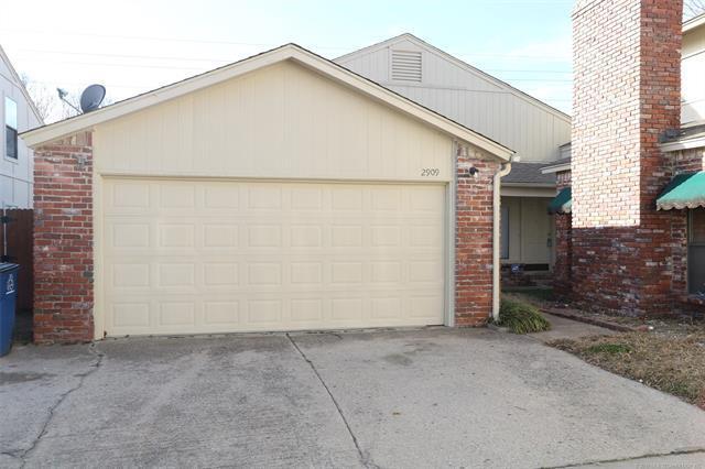 12909 E 28th Place, Tulsa, OK 74134 (MLS #1902569) :: RE/MAX T-town