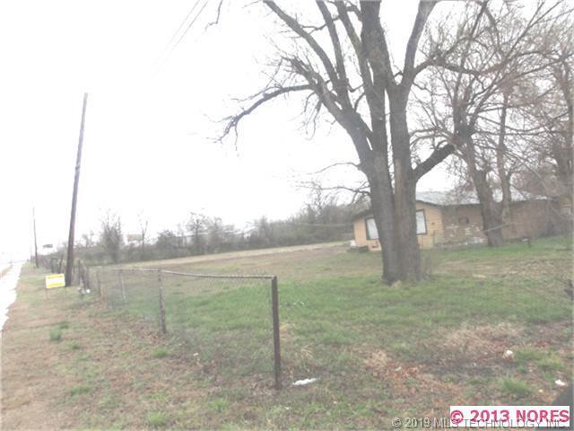 2240 E Apache Street, Tulsa, OK 74110 (MLS #1902616) :: RE/MAX T-town