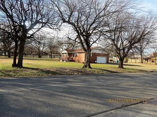 65 NW 6th Street, Krebs, OK 74554 (MLS #1902619) :: Hopper Group at RE/MAX Results