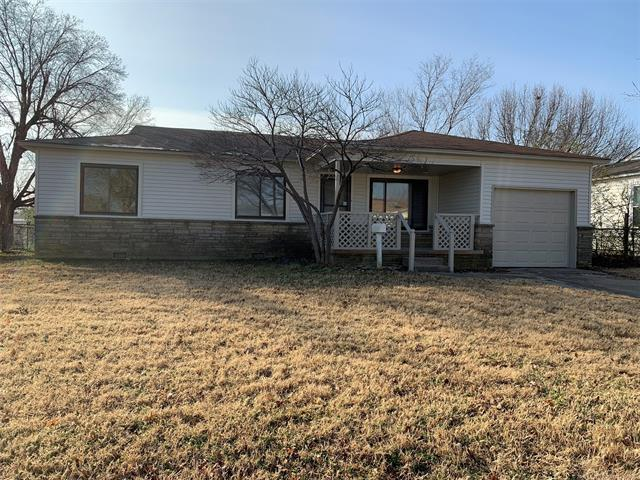 7526 E Oklahoma Place, Tulsa, OK 74115 (MLS #1902623) :: Hopper Group at RE/MAX Results