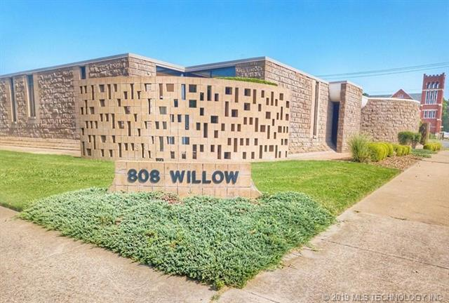 808 S Willow Street, Coffeyville, KS 67337 (MLS #1903168) :: Hopper Group at RE/MAX Results