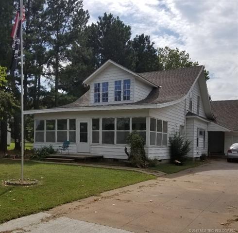 622 N Elliott Street, Pryor, OK 74361 (MLS #1904089) :: Hopper Group at RE/MAX Results