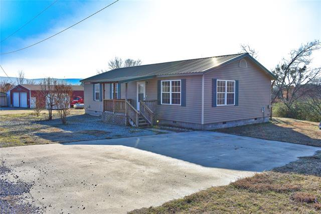 200 Pearl Avenue, Albion, OK 74521 (MLS #1904513) :: Hopper Group at RE/MAX Results