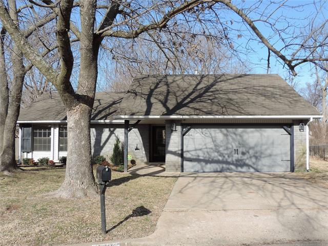 6708 S St Louis Avenue, Tulsa, OK 74136 (MLS #1904939) :: Hopper Group at RE/MAX Results