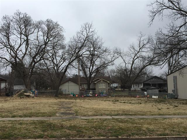 129 E 10th Street, Bristow, OK 74010 (MLS #1905333) :: Hopper Group at RE/MAX Results