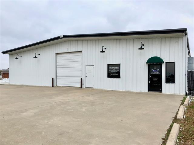204 S Hominy Avenue, Skiatook, OK 74070 (MLS #1906474) :: Hopper Group at RE/MAX Results