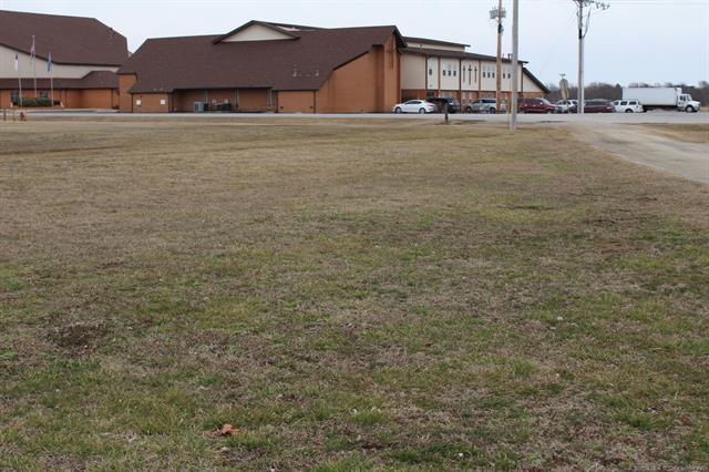 E Commercial Street, Inola, OK 74036 (MLS #1906622) :: Hopper Group at RE/MAX Results