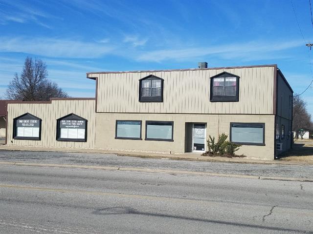 201 W Main Street, Adair, OK 74330 (MLS #1906949) :: Hopper Group at RE/MAX Results