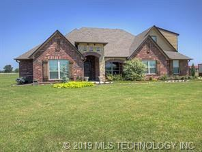2695 E 400 Road, Oologah, OK 74053 (MLS #1908163) :: Hopper Group at RE/MAX Results
