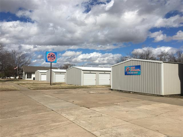 118 S Quapaw Avenue, Bartlesville, OK 74003 (MLS #1909133) :: Hopper Group at RE/MAX Results