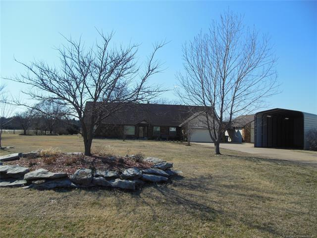 908 S 156th East Avenue, Tulsa, OK 74108 (MLS #1909559) :: Hopper Group at RE/MAX Results