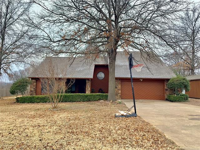 120 S 176th West Avenue, Sand Springs, OK 74063 (MLS #1909674) :: RE/MAX T-town