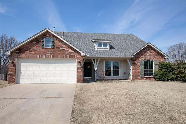 123 W 125th Court, Jenks, OK 74037 (MLS #1909800) :: RE/MAX T-town